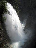 Foto: Wolfgang Dröthandl / Wander Tour / Sonnengesangsweg - Reintalwasserfälle / Oberster Wasserfall - Quelle: www.kfs-online.de / 01.02.2011 10:32:23